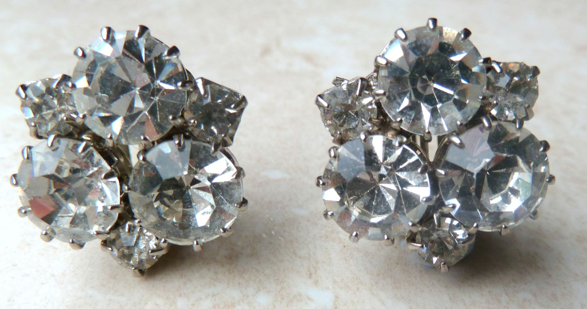 Vintage Rhinestone Clip On Earrings 2856 P Jpg